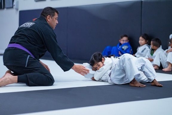 Chelsea positional sparring in the Brazilian Jiu-Jitsu kids 1 class ages 5-7 at Silanoe Martial Arts.